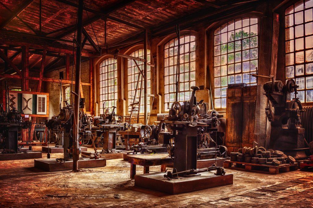 Fabrica antigua. Jefe de Producción